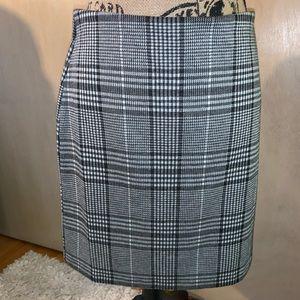 ‼️NEW LISTING plaid gray pencil skirt